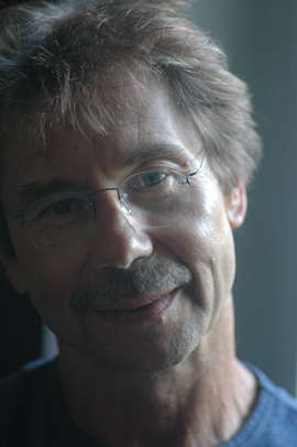 Dybek, photographed by Robert Birnbaum, copyright 2005