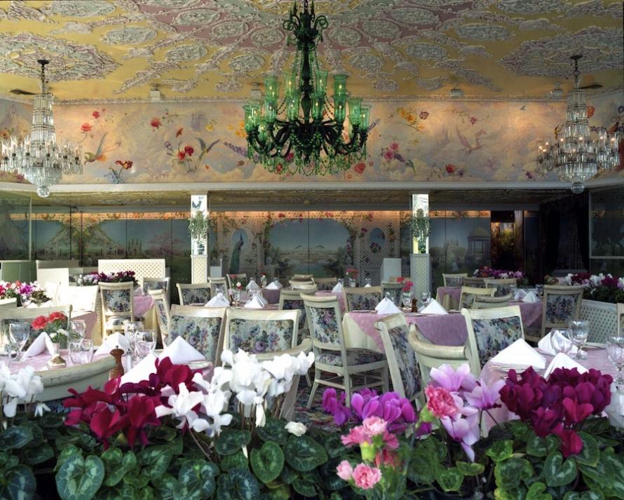The Empty Restaurants Of New York The Morning News